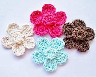 FREE Crochet flower pattern w/ headband ♥ http://flowergirlcottage.blogspot.ca