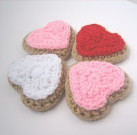 Crochet N Play Free Pattern • Heart Shaped Cookies